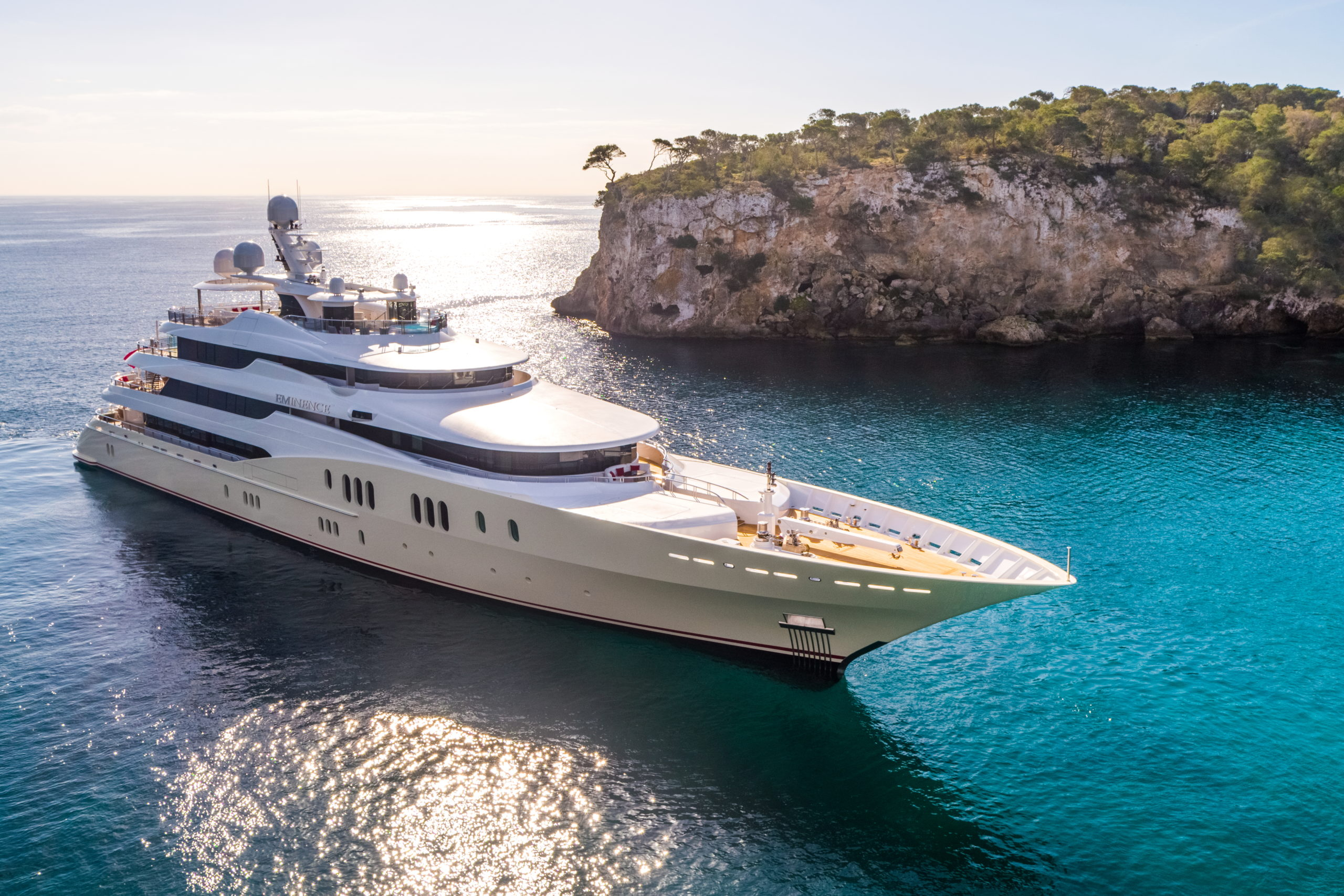 M/Y Eminence launches website